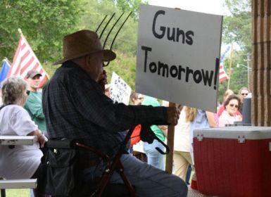 guns7Aprilericaguirre